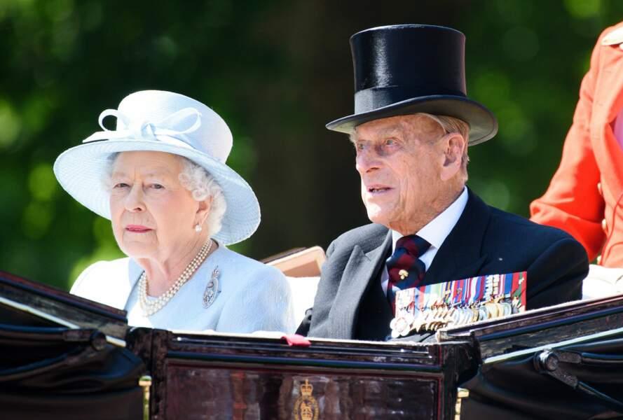 La reine Elizabeth et le prince Philip ont sortis leurs plus beaux habits