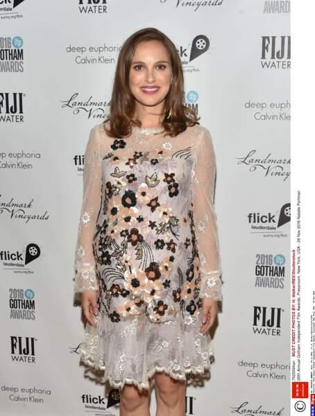 Natalie Portman est actuellement enceinte de son 2ème enfant...
