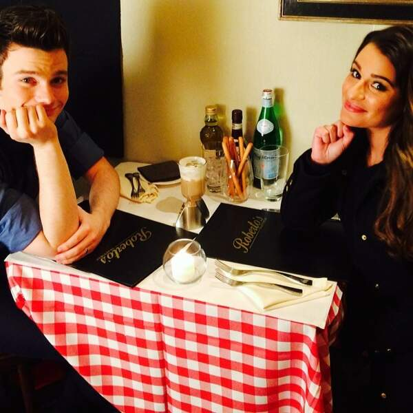 Lea Michele et Chris Colfer fêtent la Saint-Valentin entre amis