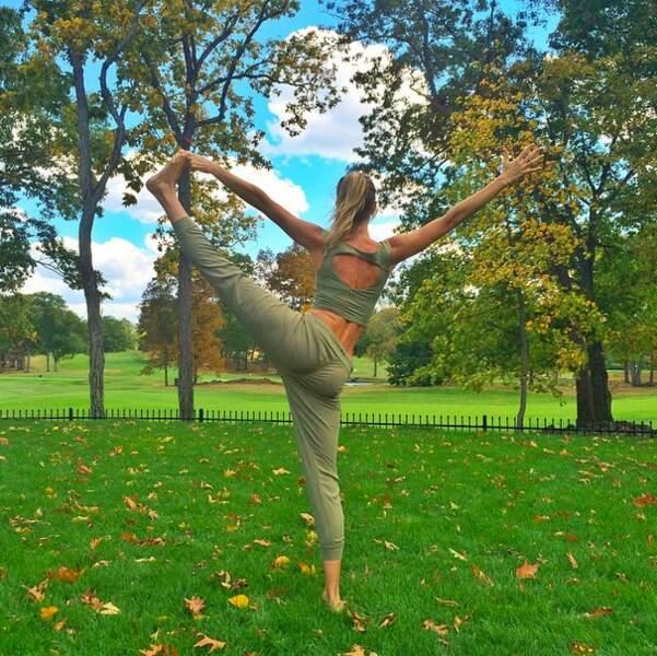 Rien à voir avec Gisele Bündchen, qui préfère faire du yoga dans les bois. ZEN !