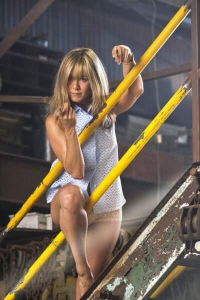 Le plus pro : Jennifer Aniston doit prouver qu'elle est une stripteaseuse dans Les Miller, une famille en herbe.