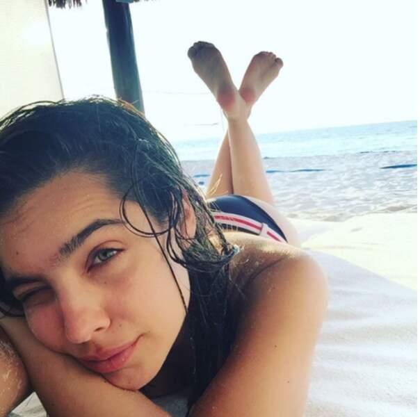 Et à la plage son sport préféré, c'est la sieste