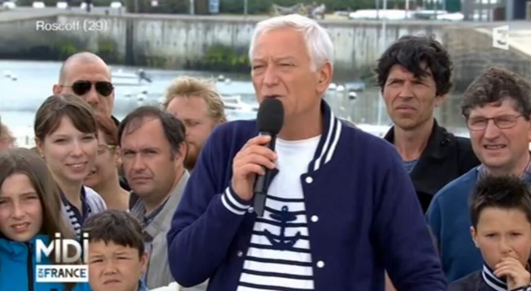 Et on termine avec le look total marin de Laurent Boyer