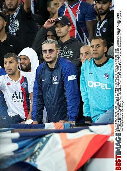 Dj Snake au milieu des supporters dans les tribunes. À fond !