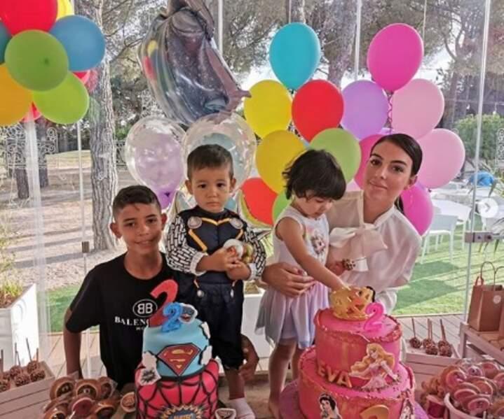 Eva et Mateo, les jumeaux de Georgina Rodriguez et Cristiano Ronaldo, ont fêté leurs deux ans.