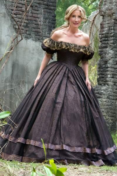 ... et la tourbillonnante sorcière Sarafine !