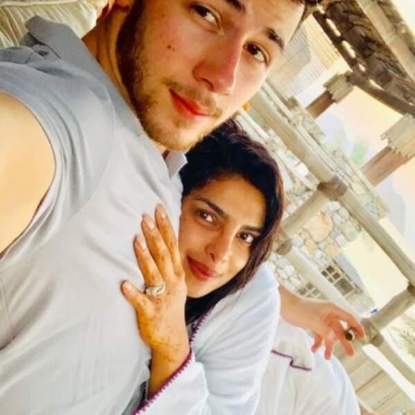 Selfie de jeunes mariés pour Nick Jonas et Priyanka Chopra.