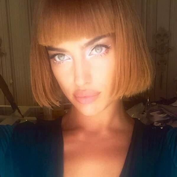 Carré façon Crazy Horse pour la top-model Irina Shayk.