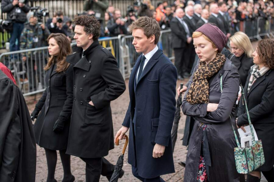 Felicity Jones, Charles Guard, Eddie Redmayne et Lily Cole