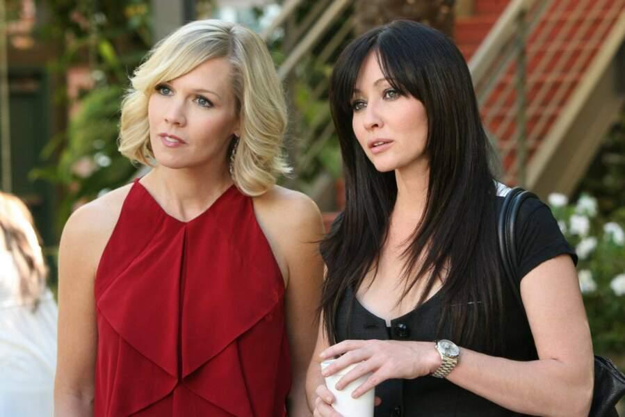 En 2008, Jennie Garth reprend son rôle de Kelly dans le reboot de Beverly Hills