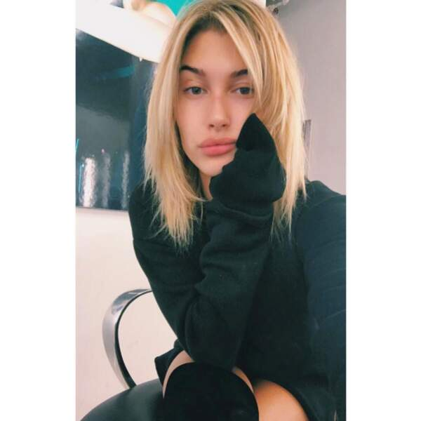Hailey Baldwin est redevenue blonde.