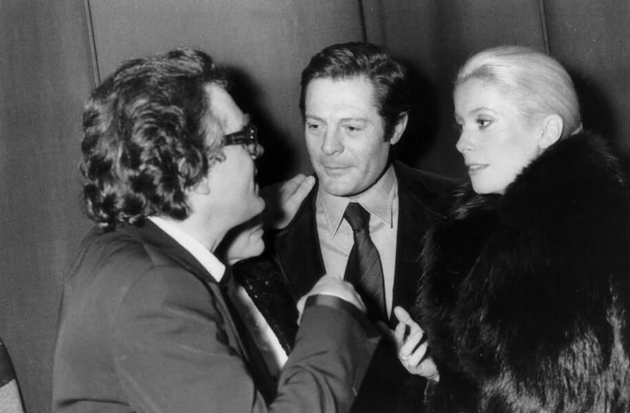 Michel Legrand avec Marcello Mastroianni et Catherine Deneuve à la première de Catherina Volente à l'Olympia