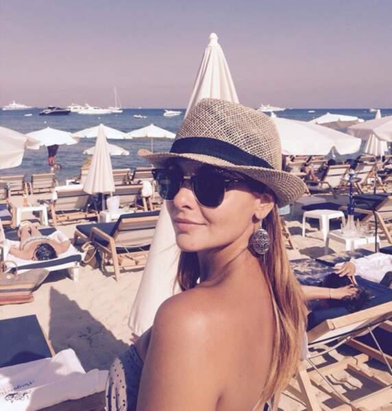 ... Priscilla Betti à la plage...