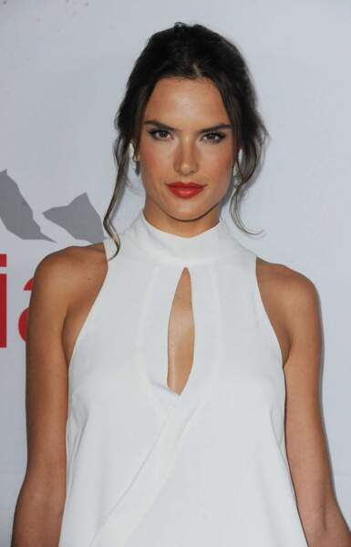 La top model Alessandra Ambrosio, égérie Victoria's Secret