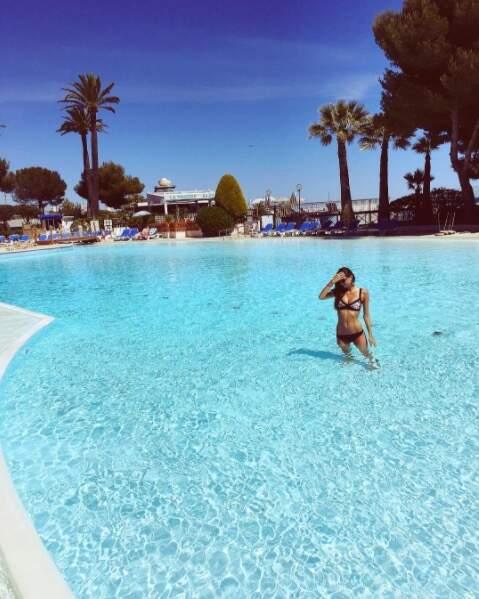 Julia Sidi Atman aime beaucoup se baigner...