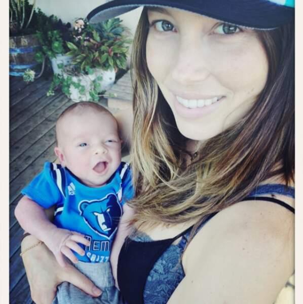 Depuis 2015, elle est l'heureuse maman d'un petit garçon nommé Silas