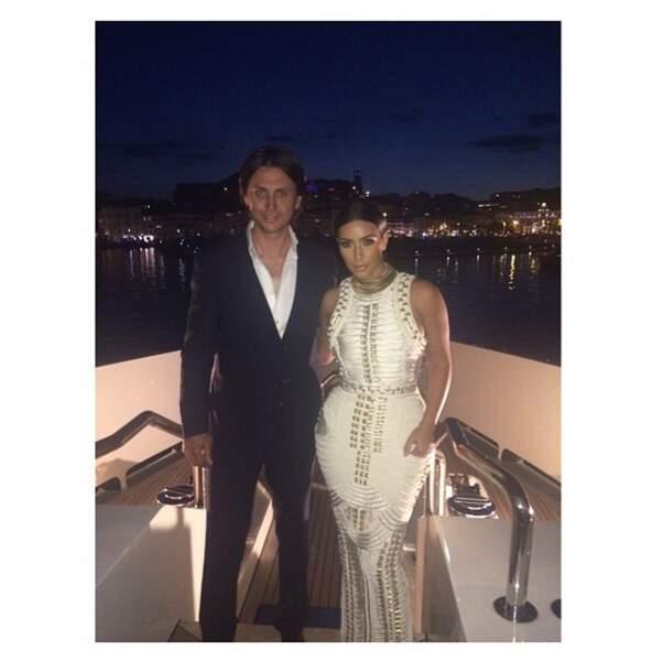 Nuit de rêve pour Kim Kardashian à Cannes. Ca va la vie hein !