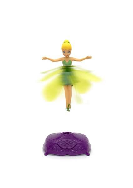 Les petites filles adoreront jouer avec la Fée Clochette volante !