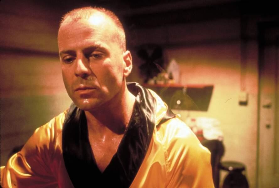 Idem pour Bruce Willis qui, après l'échec commercial de plusieurs films, retrouve le succès grâce à Pulp Fiction