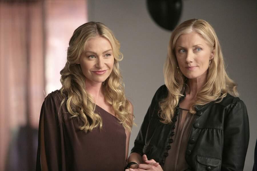Portia de Rossi incarnait Olivia, la petite amie de Julia dans la saison 5.
