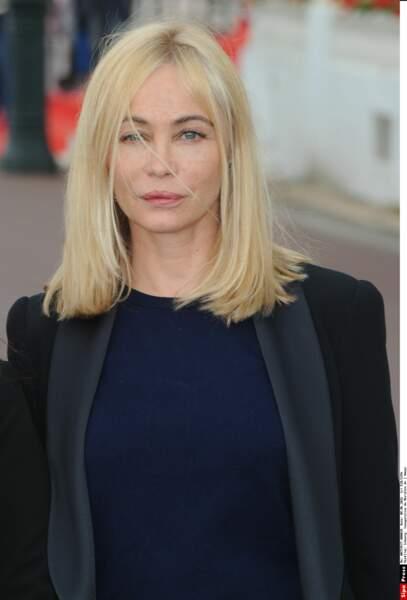 Emmanuelle Béart maquillée...