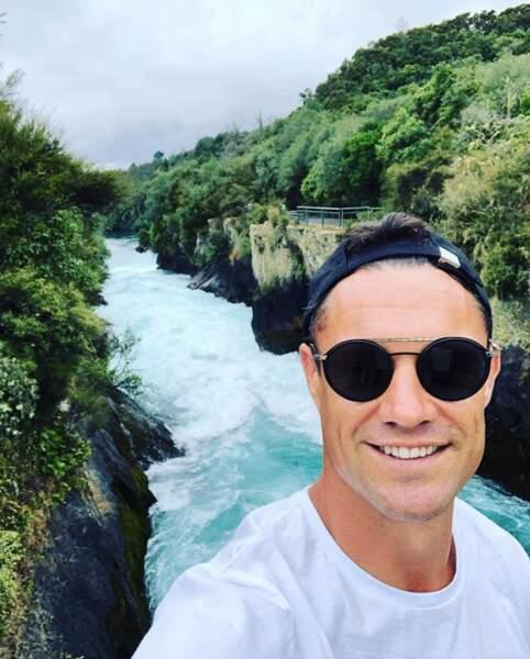 Le rugbyman Dan Carter a fait du tourisme sur ses terres natales de Nouvelle-Zélande.