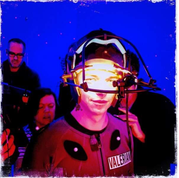 Le it-accessoire de l'espace pour Dane DeHaan