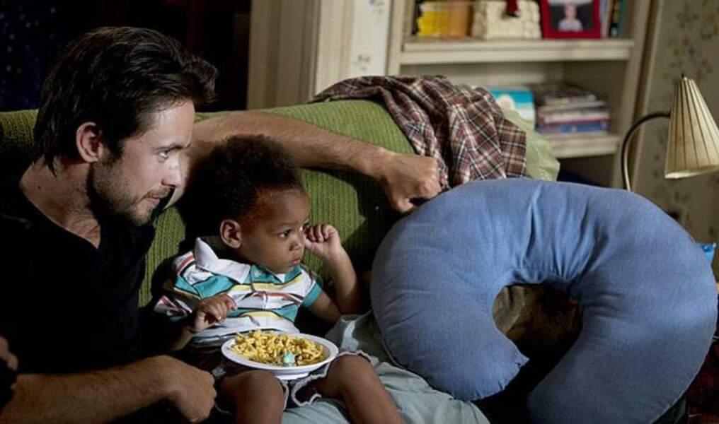 Pour ce qui est du petit dernier, Liam (joué par les jumeaux Brennan et Blake Johnson)