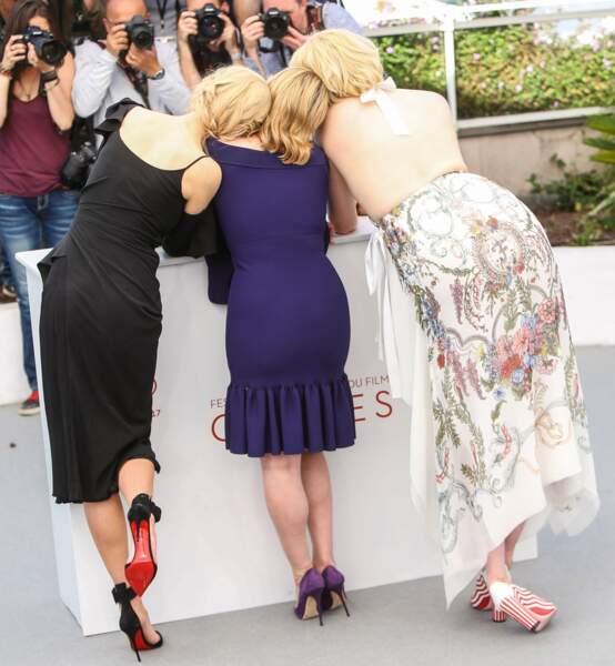 Nicole Kidman, Elizabeth Moss et Gwendoline Christie vues de dos, c'est rigolo