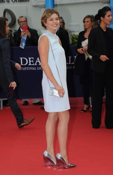Loanne arrive à la cérémonie d'ouverure du Festival du film américain de Deauville