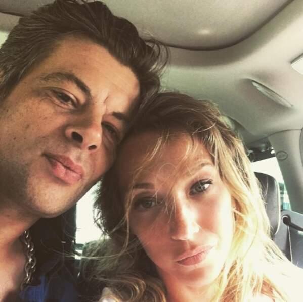 Benjamin Biolay et Laura Smet en voiture.