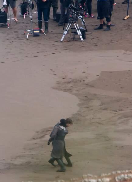 La preuve : il s'écroule dans les bras de Jon Snow.