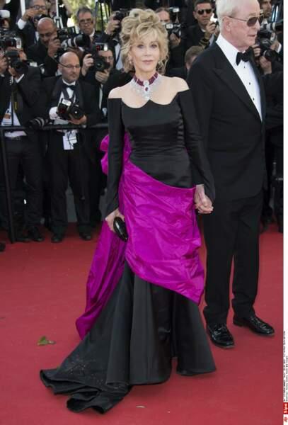 Mais qu'est-il arrivé à Jane Fonda, si élégante d'habitude?! (2015)