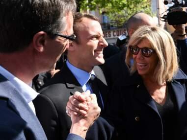Déjeuner en haut des pistes, télésiège... le couple Macron à la neige !