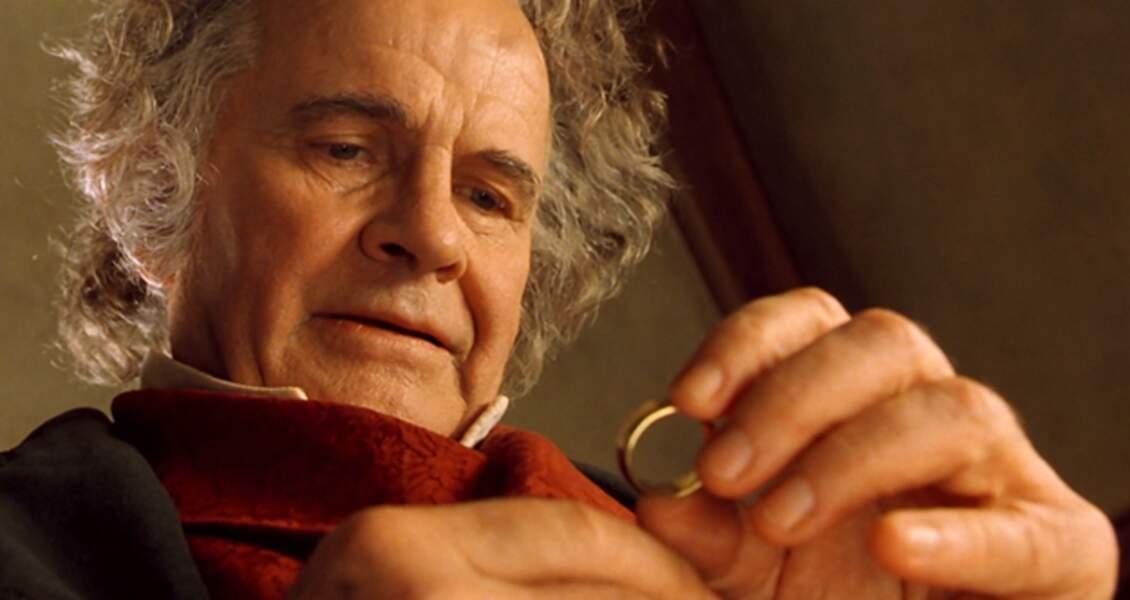 Que devient Ian Holm, qui joue Bilbon Sacquet ?