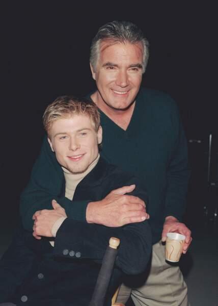 Parmi les petits-enfants Forrester, voici Rick qu'interprète Jacob Young, ici en 1999 avec John McCook
