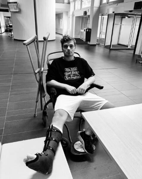 Le DJ Martin Garrix est immobilisé pour quatre bonnes semaines. Courage !