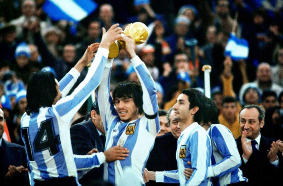 1978 - Première victoire de l'Argentine, à domicile, avec Daniel Passarella comme capitaine