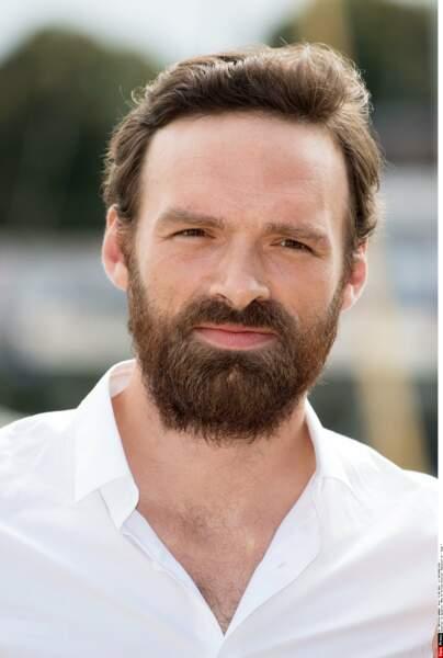Alban Lenoir : moins de cheveux, autant de barbe. Ici à La Rochelle pour la websérie Tank