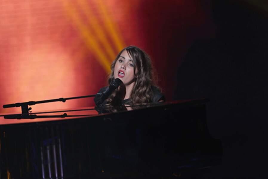 Marina d'Amico, 19 ans, talent de l'équipe de Mika