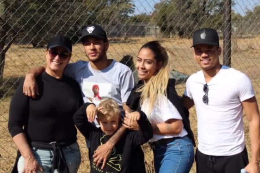 Le clan Neymar en vacances !