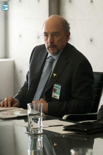 Aaron Glassman (Richard Schiff) est le président de l'hôpital St. Bonaventure et le mentor de Shaun Murphy