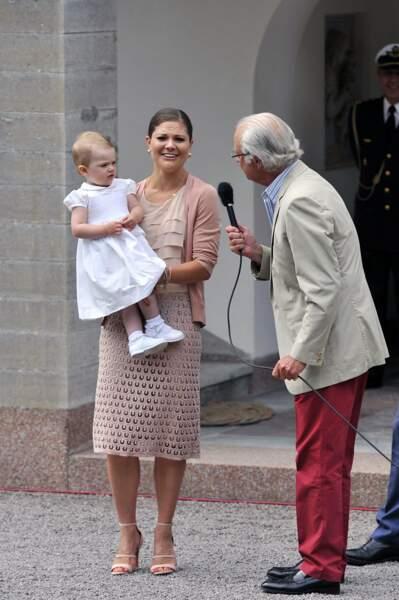 Juillet 2013, premier discours avec maman et papy, le roi Carl XVI Gustav. Trop facile !