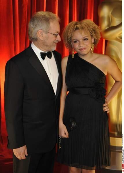 Steven Spielberg, avec sa fille Mikaela, adoptée en 1996...