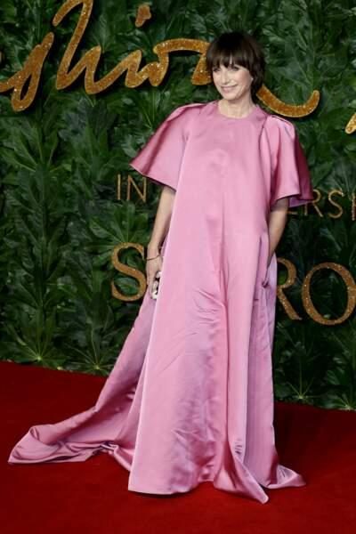 comme Kristin Scott Thomas, toute de pink vêtue !