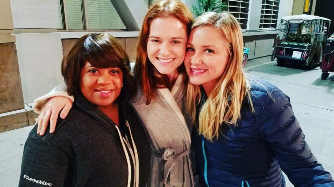 Cette photo a été prise juste après la dernière scène de Sarah Drew dans Grey's Anatomy.
