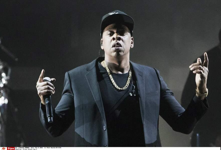 Alors qu'on pense qu'il a 47 ans, Jay Z aurait en réalité dépassé la cinquantaine !