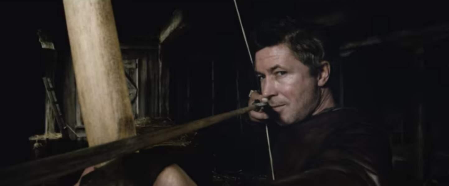Il était archer dans Le Roi Arthur : La Légende d'Excalibur.