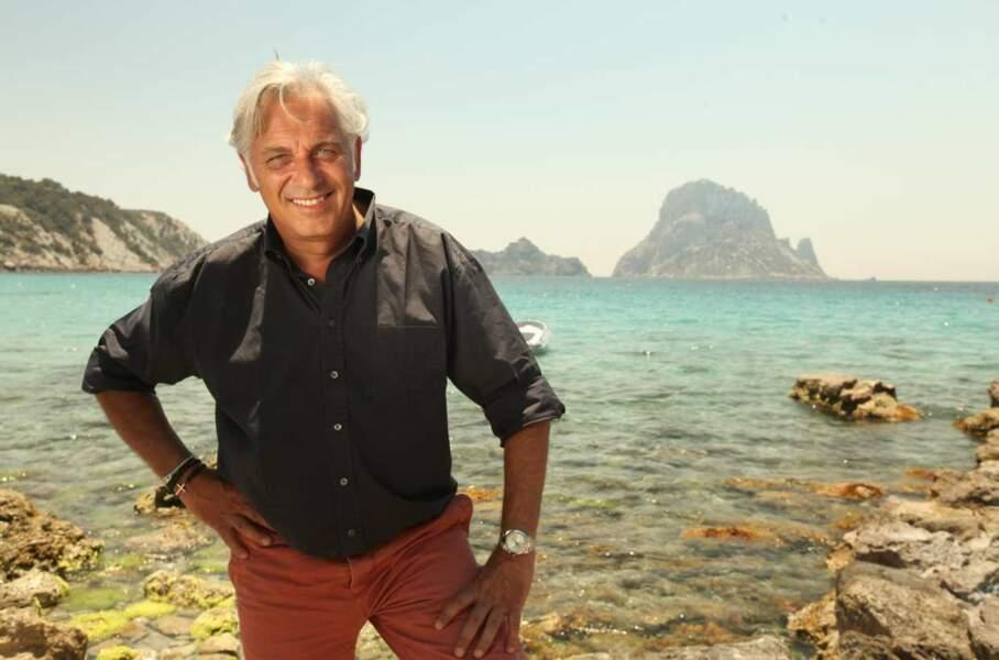 En août, l'animateur sera à Ibiza (Espagne). Pas mal non plus !