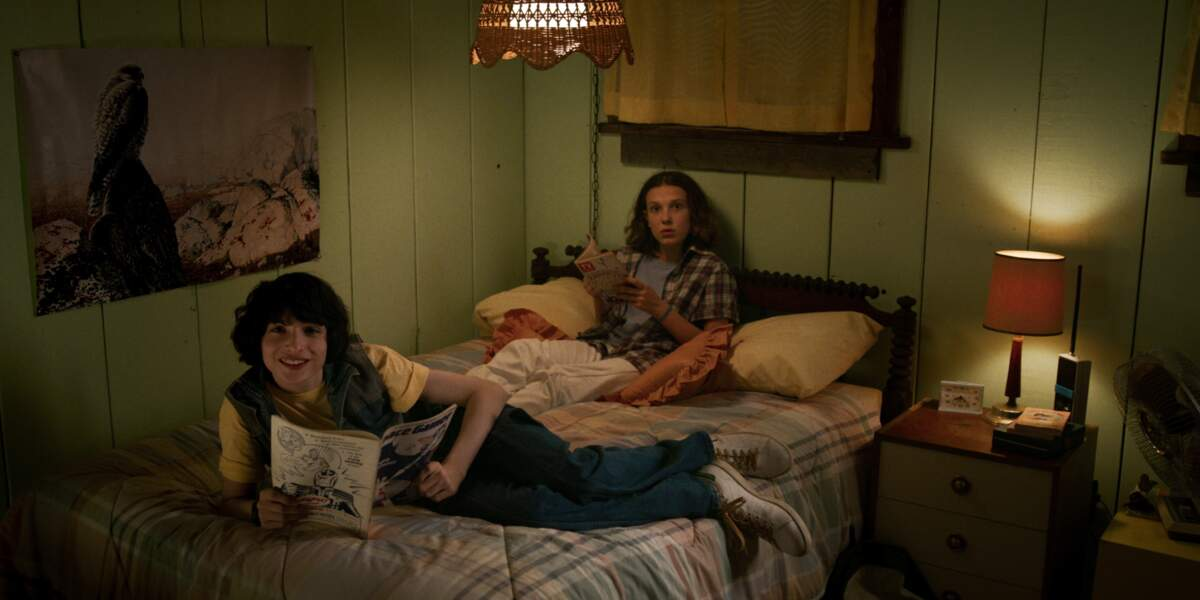 Mike (Finn Wolfhard) et Eleven (Millie Bobby Brown) sont toujours inséparables